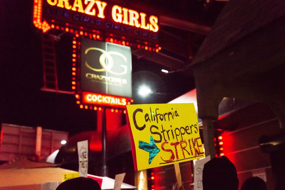 Protesters in front of Crazy Girls in Los