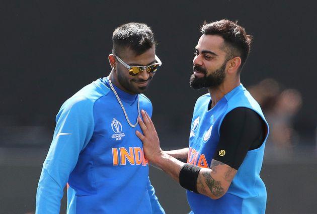 Virat Kohli and Hardik Pandya during a training