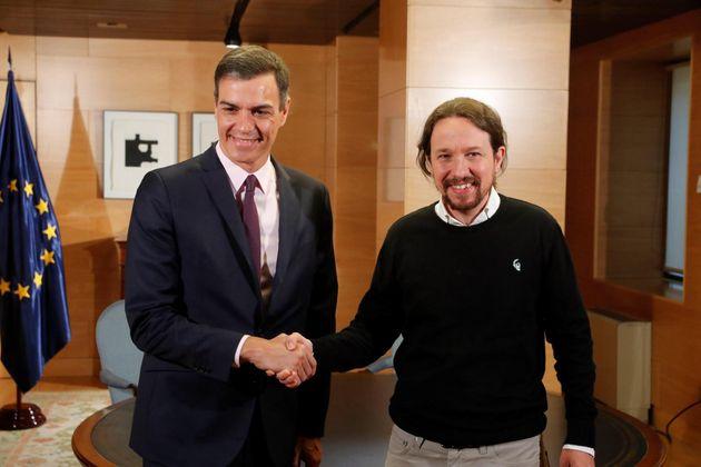 Termina la reunión de Sánchez con Iglesias para pedir su apoyo a la