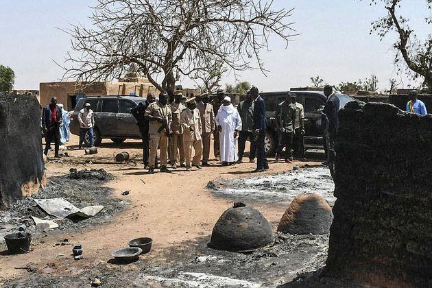 Au Mali, le massacre d'un village Dogon fait une centaine de