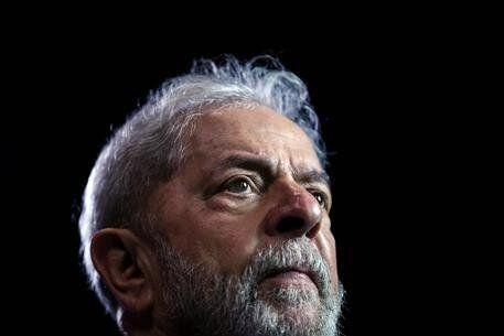 Se Lula non fosse stato vittima di complotto, il Brasile avrebbe avuto un futuro