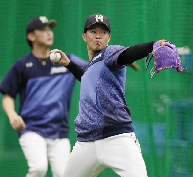 登板に向けて調整を行う吉田輝星投手