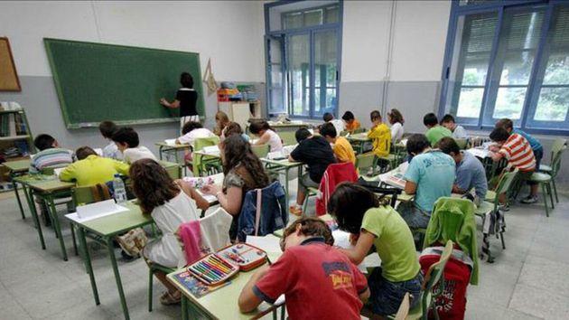 Un alumno apuñala a su profesora en Valencia por las