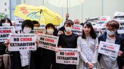 La peur de l'extradition vers la Chine plonge Hong Kong dans les violences