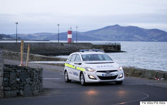 Car Falls From Pier In County Donegal, Ireland, 5 Killed Including 2