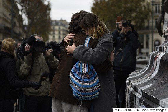 Paris Terrorist Attack Is Met With Defiant Solidarity As People Offer Shelter And Queue To Give