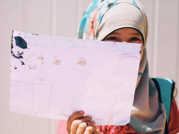 Six-Year-Old Girls in Jordan's Za'atari Refugee Camp Draw Tanks, Soldiers and