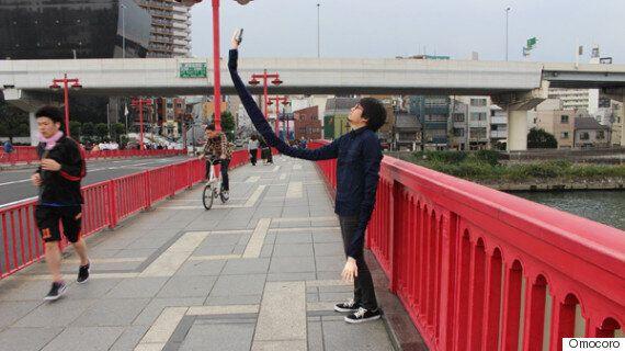 Guy Embarrassed By Selfie Sticks Devises 'Selfie