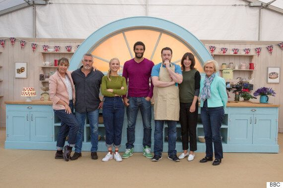Samantha Cameron Wins 'Great Sport Relief Bake Off': 'It's Nice Getting Flowers For Something I Did On...