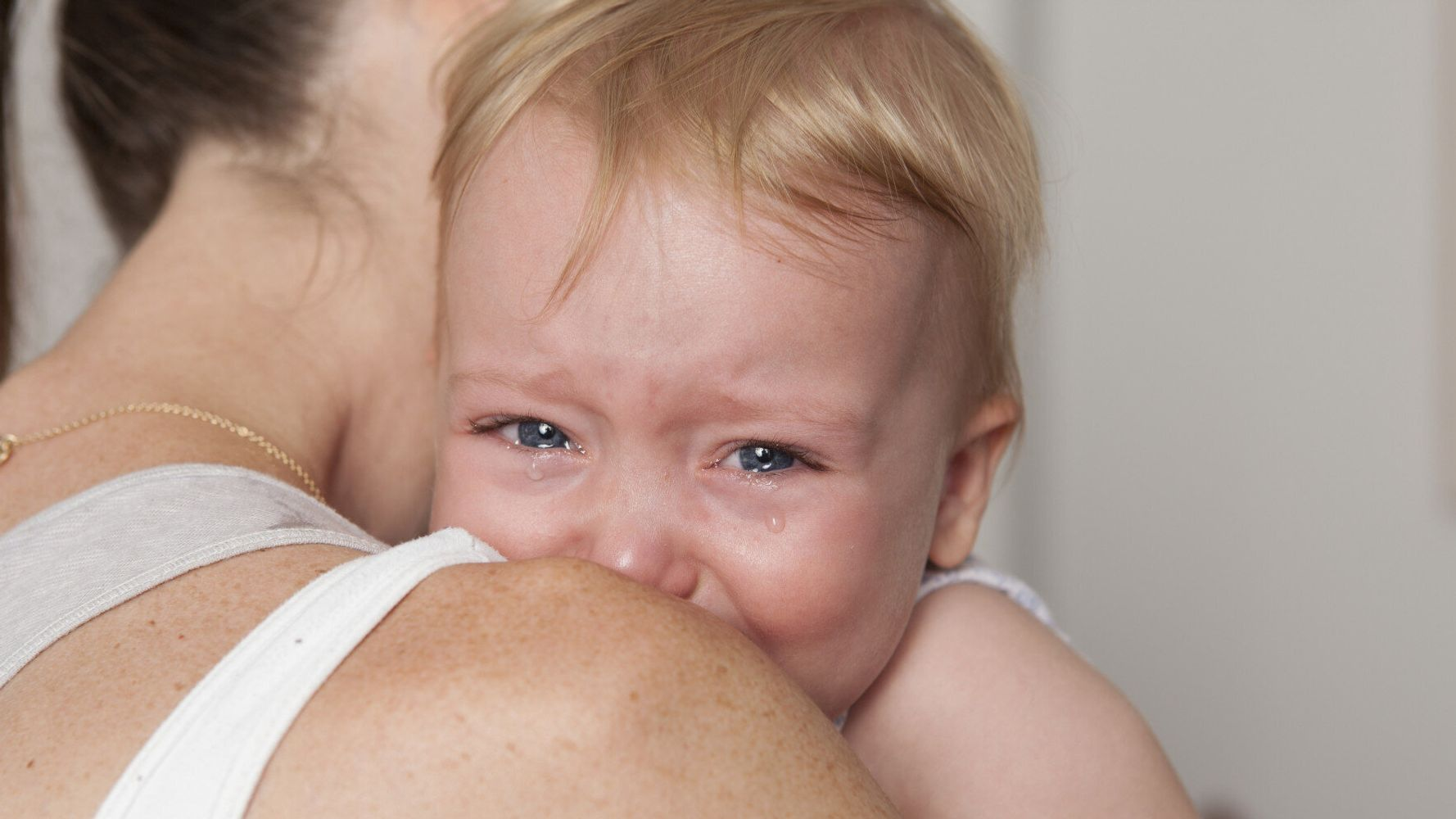 Don't Try to Teach Your Baby to 'Self Settle' to Sleep