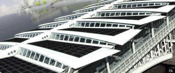 Green Energy: Work Begins On Solar Bridge To Power Blackfriars Station