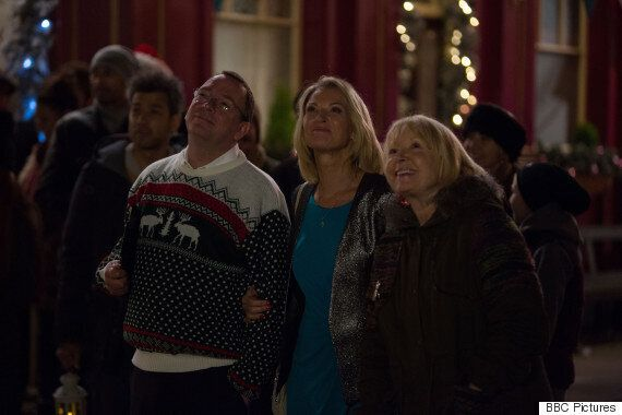 'EastEnders' Spoiler: Beale Family Take Centre Stage In First Look Christmas