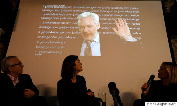 UN Finds Julian Assange Is 'Arbitrarily Detained', But The Internet Heartily