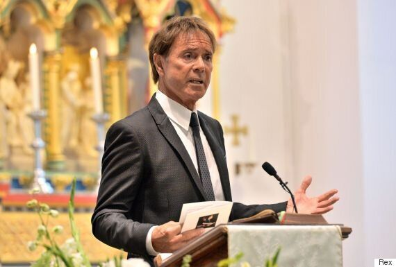 Cilla Black Funeral: Cliff Richard Pays Tribute To Close