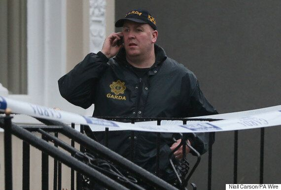 Dublin Manhunt After Gunmen Storm Boxing Weigh-In Wearing 'Women's Clothes' And 'SWAT