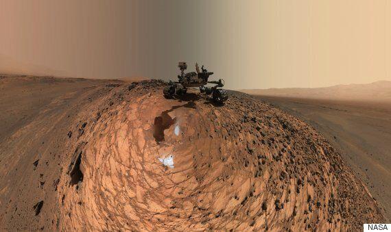 NASA's Curiosity Mars Rover Takes Stunning Low-angle
