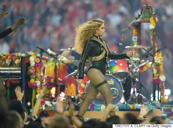 Beyoncé's Super Bowl Half Time Performance Universally Lauded... Except By The Guests And Hosts Of Fox