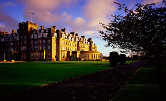 Why Bank Bosses Partying at Gleneagles Is a Crisis Warning