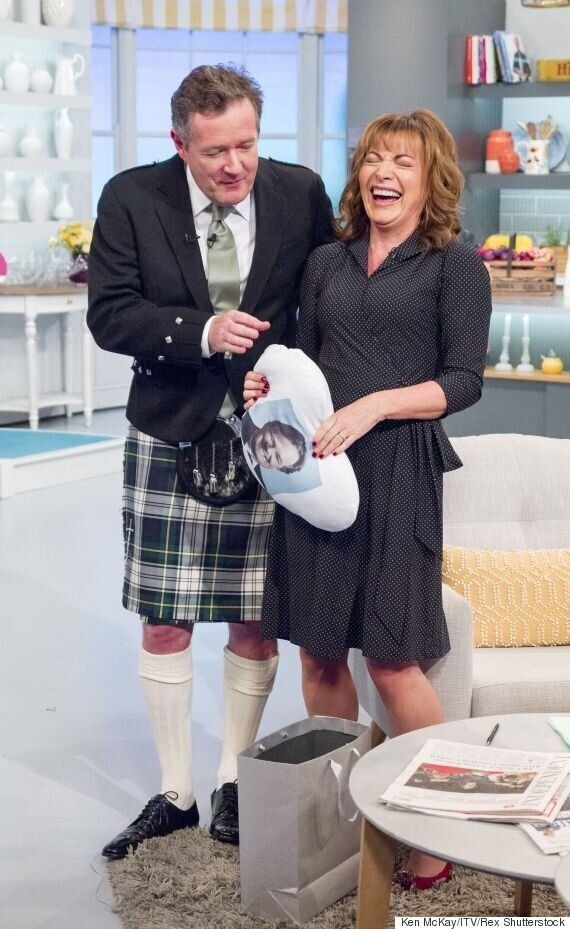 Lorraine Kelly Makes Us Blush, After Telling Piers Morgan She 'Can Sit On His Face' During 'Good Morning...