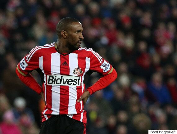 Jermain Defoe Needs An Executive Personal Assistant To Stock The Fridge, Pick Outfits And Pay His