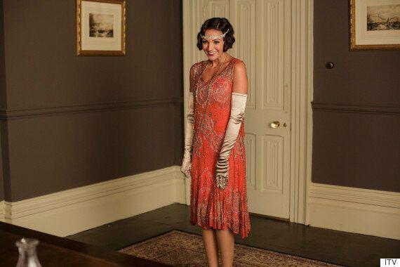 Michelle Keegan Lands Role In 'Downton Abbey' Text Santa