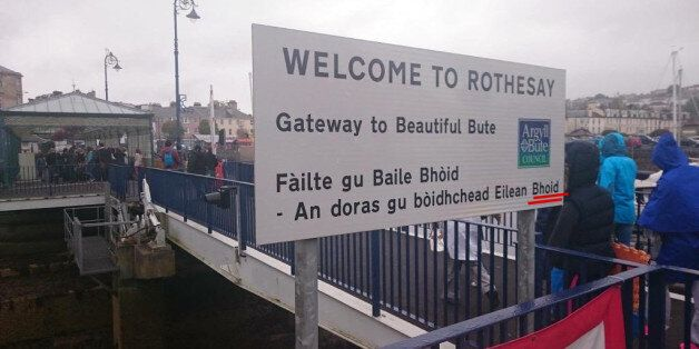 Isle Of Bute Sign Typo Sees Scottish Land Mass Renamed 'Penis