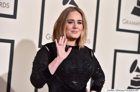 Grammy Awards 2016: Adele Keeps Things Classic In Black Sequin