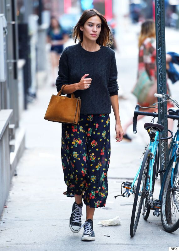 Alexa Chung Nails How To Dress For