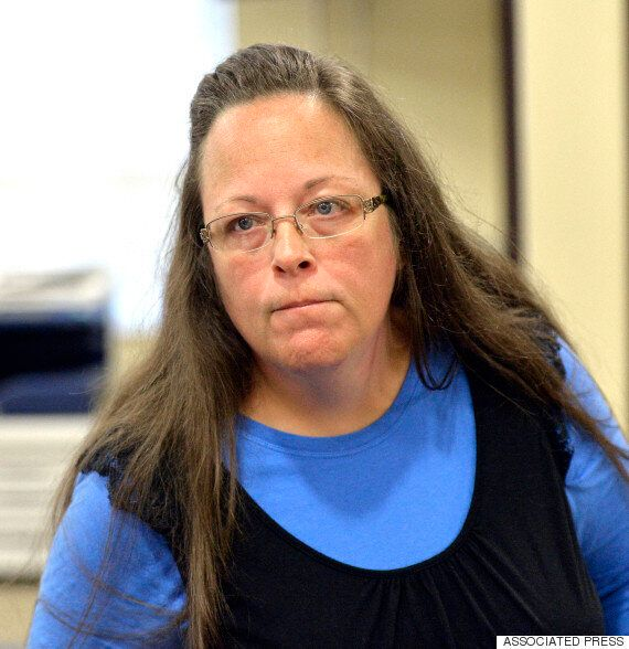 Christian Clerk In Kentucky, Kim Davis, Still Refuses To Issue Marriage Licences To Gay