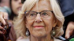 """Manuela Carmena ha emocionado por su alegato final en su despedida como alcaldesa de Madrid. """"Por encima del discurso tengamo..."""