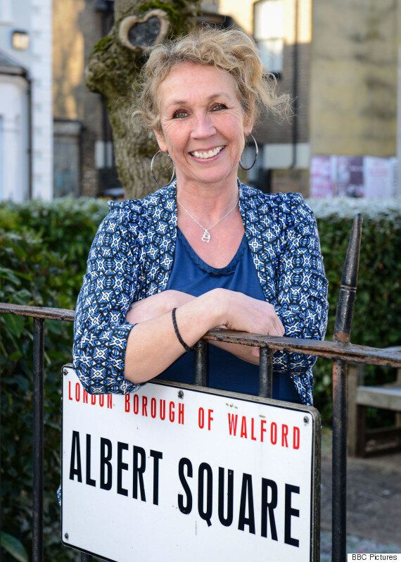 'EastEnders' Barmaid Tracey FINALLY Has A Storyline: Here's What Should Happen
