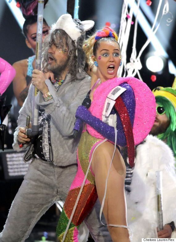 Miley Cyrus For Glastonbury Debut? 'Dead Petz' Singer 'To Perform With Wayne Coyne' At Glasto