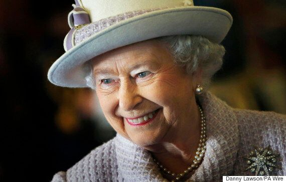 Queen Discusses Christian Faith In New Book 'The Servant Queen And The King She