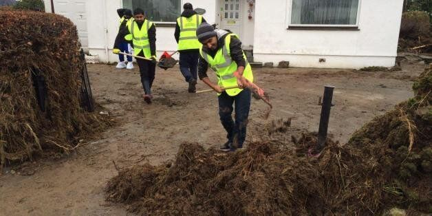 Muslim Youths Are Taking Turns To Drive To Cumbria To Help Flood