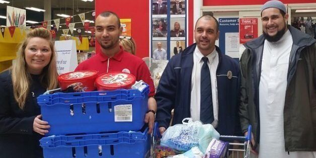 Tesco Worker Donated Boxes Of Supplies To Muslim Chaplain Who Was Delivering Aid To Migrants In