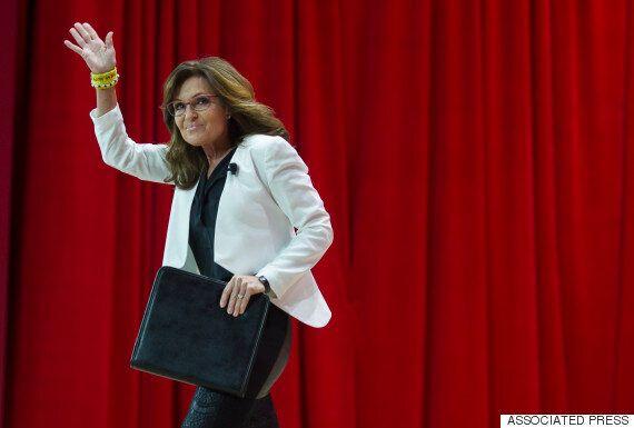 Sarah Palin Tells Immigrants 'When You're Here, Speak