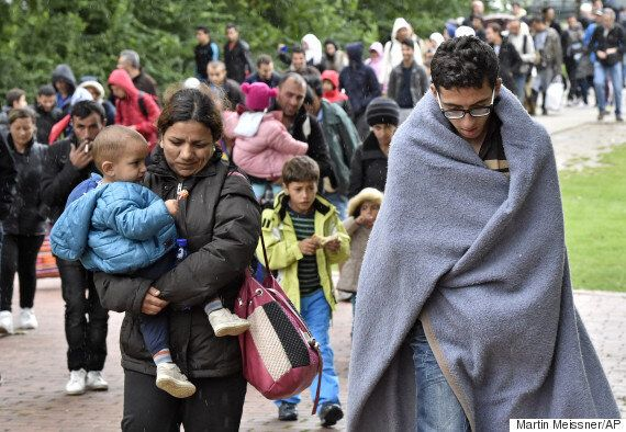 Migrant Crisis: 2,000 Brits Offer Their Homes To Refugees As Re-Housing Database Organiser 'Moved To