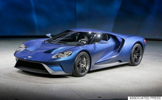 The New Ford GT Will Use Smartphone Glass For The