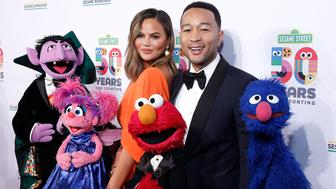 NEW YORK, NEW YORK - MAY 29: Chrissy Teigen and John Legend attend Sesame Workshop's 50th Anniversary Benefit Gala at Cipriani Wall Street on May 29, 2019 in New York City. (Photo by John Lamparski/WireImage,)