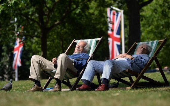 UK Weather Forecast For 2016 Sees Predictions It Could Be The Hottest Year On