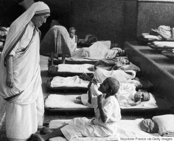Mother Teresa 'Miracles' Clear The Way For Nun To Be Made A