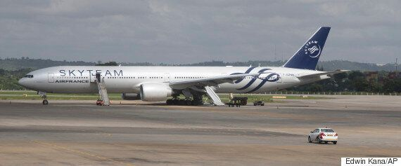 Air France Bomb Scare Package Was A 'Fake' Made Out Of Cardboard, Paper And A Household