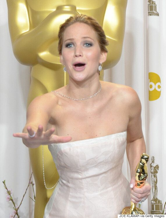 Jennifer Lawrence Admits To Kissing Liam Hemsworth Off-Screen And Smoking Cannabis Before The Oscars...
