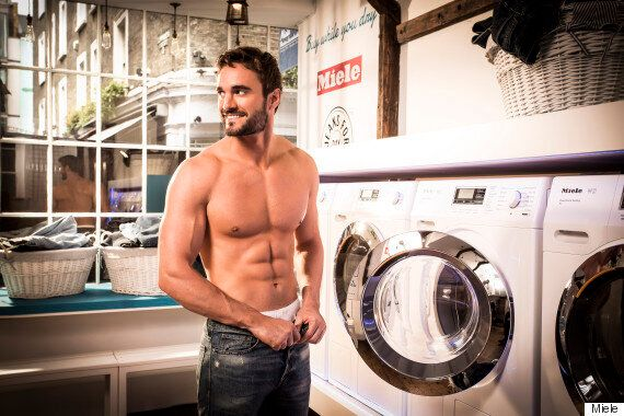 Thom Evans Strips To His Boxers To Recreate Levi's Jeans' Iconic 80's TV Ad