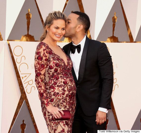 Oscars 2016: Lady Gaga And Taylor Kinney Pack On The PDA, As They Lead Couples On Academy Awards Red...