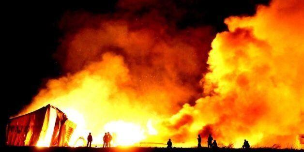 Enfield Fire: Huge Blaze Near M25 Prompts Smoke Warning To