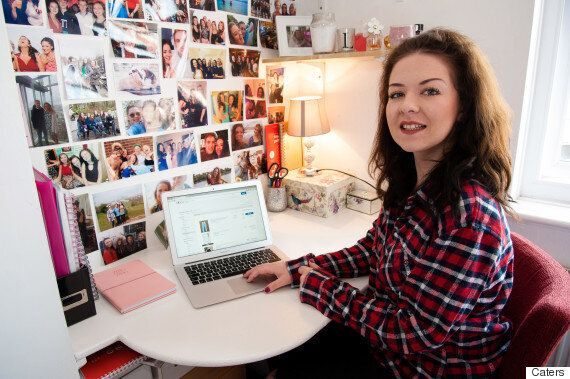 Student Makes £30k On eBay By Selling Her Old Clothes - Here's How She Does