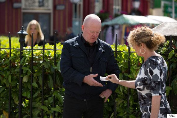 'EastEnders': Tracey The Barmaid ACTUALLY SPEAKS, Fans React With Shock And Delight On
