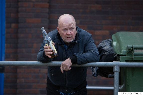 'EastEnders' Spoiler: Phil Mitchell Set For 'Digger Rampage' As Alcohol Problems