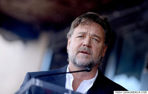 Russell Crowe Tweets Virgin Australia Over Hoverboard Ban, Probably Regrets